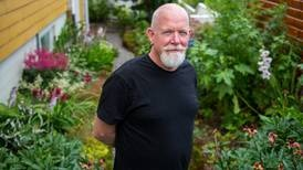 Brøt ut av lukket menighet for 23 år siden. Nå forteller han for første gang: – Jeg har ikke noe å tape