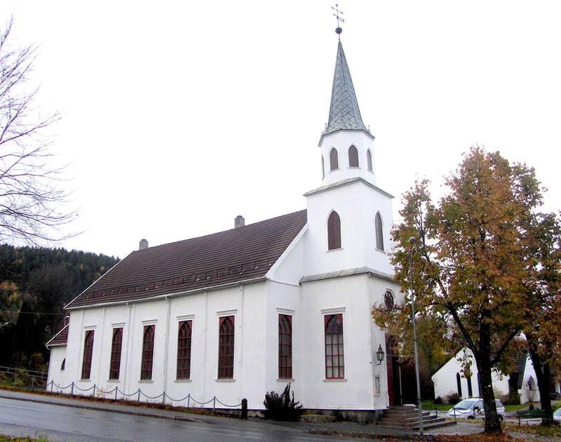 SELGES: Kongsberg metodistkirke er avtalt solgt til Oslo katolske bispedømme. Foto: Stig Rune Pedersen, Wikimedia Commons.
