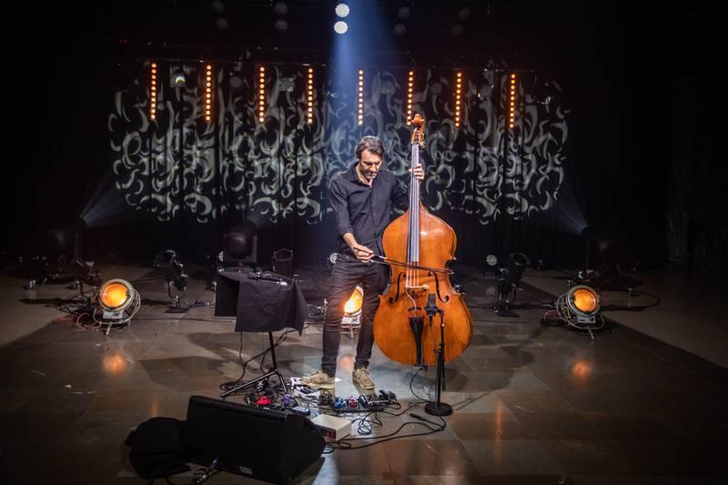 TOM SAL: 30. mars 2020, hadde Mats Eilertsen en lockdown-konsert på Sentralen i Oslo. Nå er innspillingen ute på plate.