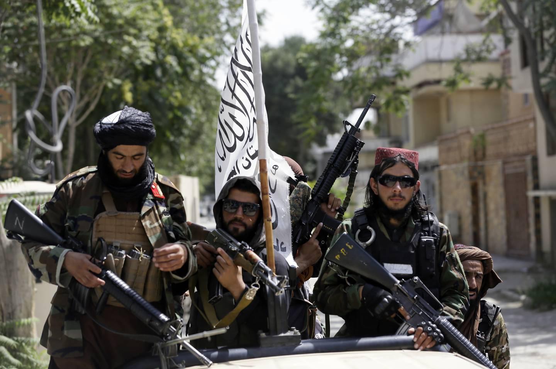 Taliban forbød opiumsdyrking sist de hadde makten i Afghanistan og lover å gjøre det på nytt. Om de holder løftet, og om de nye makthaverne har råd til å stenge ned landets største inntektskilde, er et åpent spørsmål