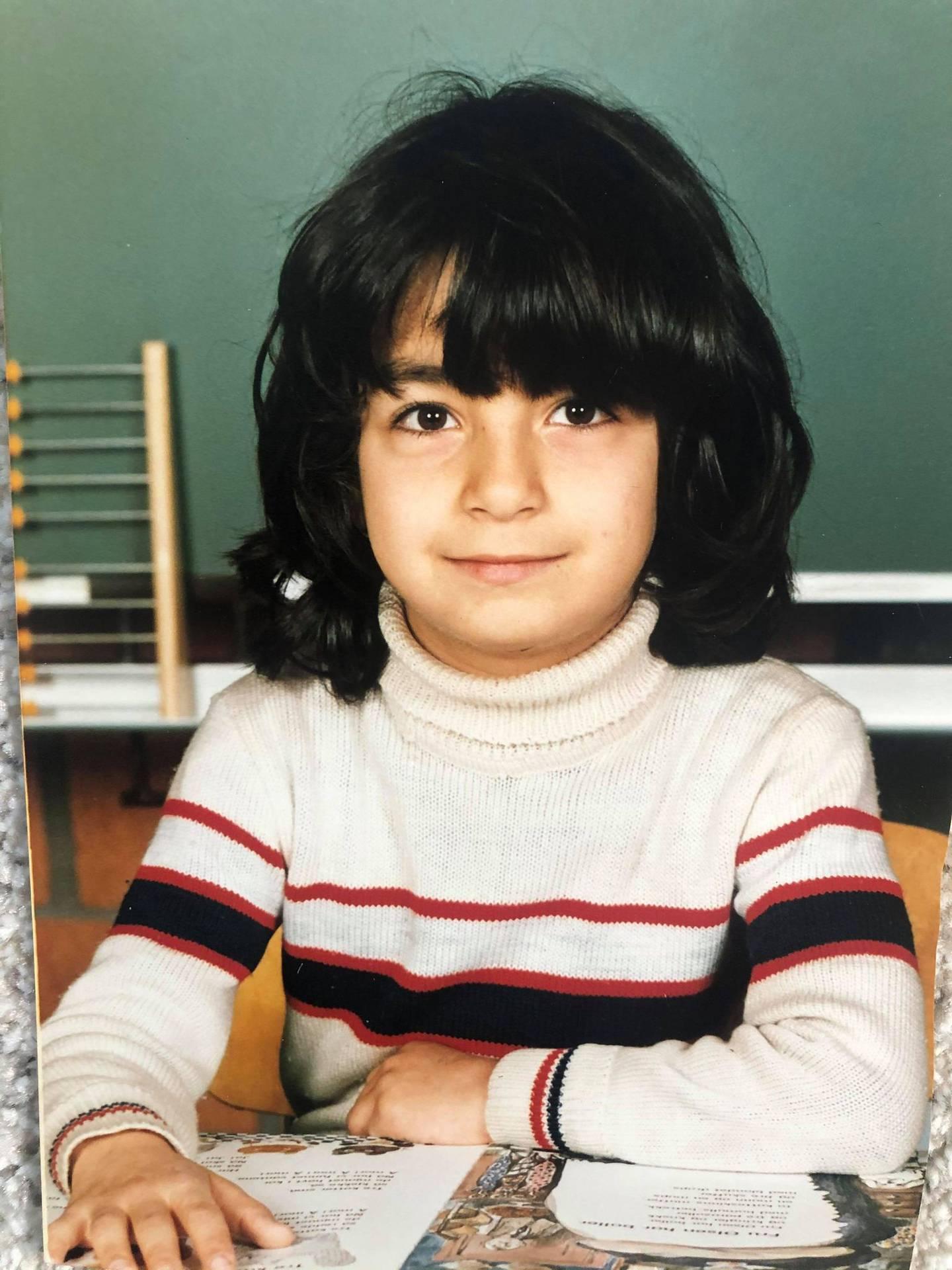 Sherry Hakimnejad hadde det fint på barneskolen, helt til tre iranske gutter begynte der.