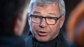 Bondevik la tyngde inn og vant strid i KrF: Vil signere FN-traktat om forbud mot atomvåpen