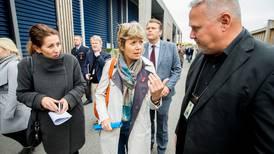 Høyre-utvalg ønsker årlig innvandringstall. NOAS mener panikken fra 2015 må møtes med bedre løsninger