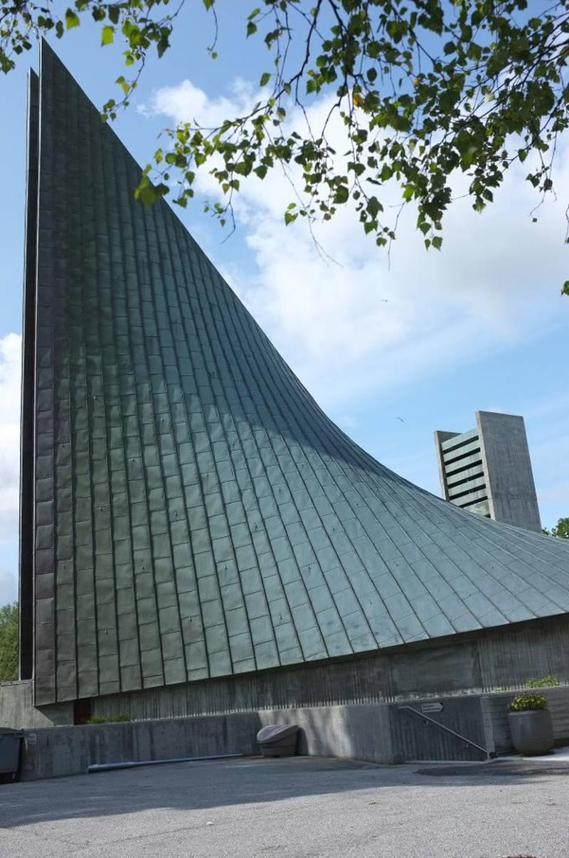Slettebakken kirke i Bergen. Arkitekt Tore Sveram.