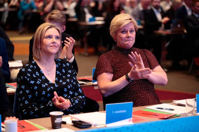 Gardermoen  20190505. Statsråder og delegater på Frps landsmøtet Gardermoen søndag. Foto: Lise Åserud / NTB scanpix