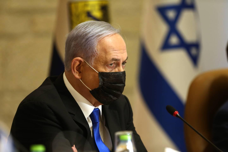 Statsminister Benjamin Netanyahu mener Israel nå må kjempe på to fronter – både mot Hamas, og mot innenlandske sammenstøt mellom jøder og arabere. Foto: AP / NTB