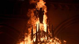 Kirkebrenning etter demonstrasjoner i Chile