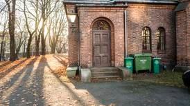 Nabokonflikt gjorde at kyrkja måtte leige inn vakter: – Ikkje vår plikt å halde byen med hundegard