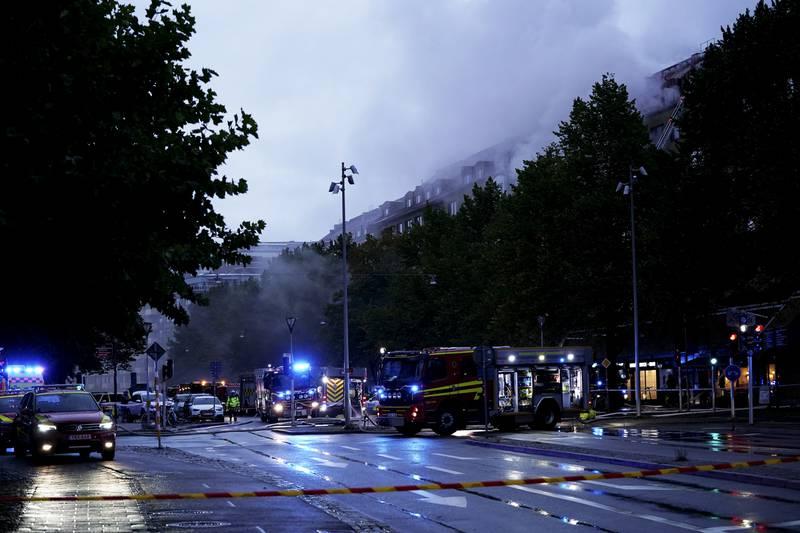 En stor eksplosjon har inntruffet i et leilighetsbygg sentralt i Göteborg. Foto: BJÖRN LARSSON ROSVALL/TT / NTB