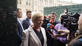 Frps krisemøte har talt - ypper til tøff strid med Venstre og KrF