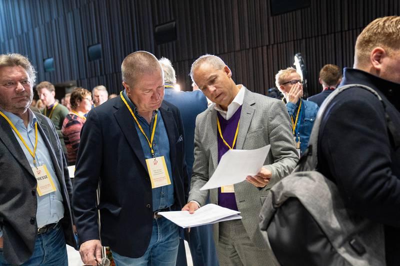 Ekstraordinært landsmøte i KrF. Geir Bekkevold og Hans Olav Syversen
