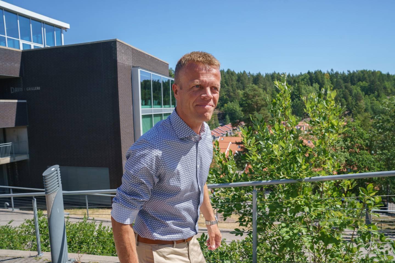 NLM Generalforsamling. Generalsekretær Øyvind Åsland ønsker de internasjonale gjestene velkommen.