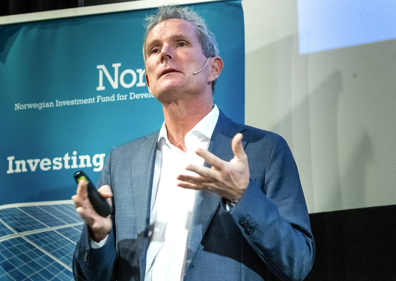 Det statlige utviklingsselskapet Norfund og  Tellef Thorleifsson skal selge alle sine aksjer i vannkraftselskapet SN Power til Scatec Solar.