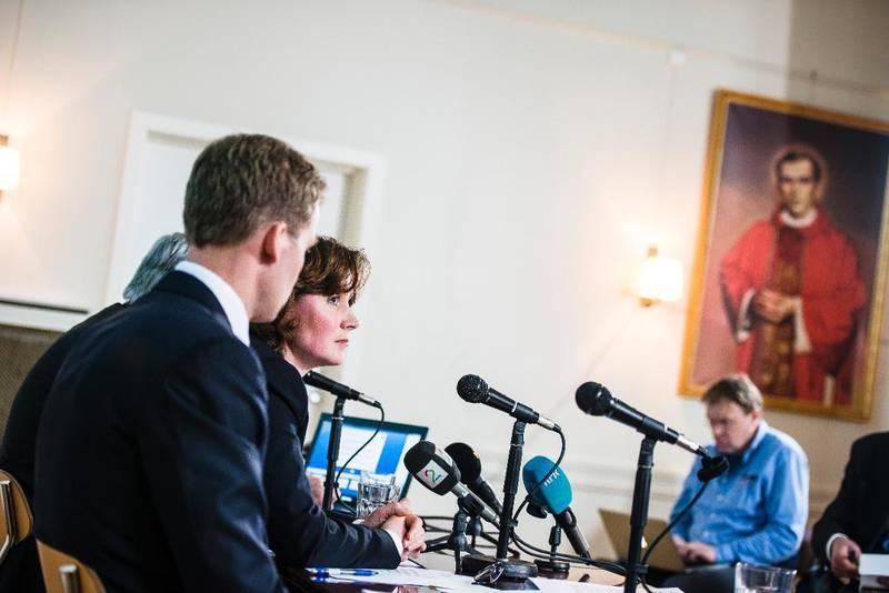 EKSTRA: Oslo katolske bispedømme har fått årstilskudd for 13.303 medlemmer ekstra ved å tilbakedatere innmeldinger. På bildet er fungerende administrativ leder Lisa Wade på bispedømmets pressekonferanse i mars. Foto: Erlend Berge