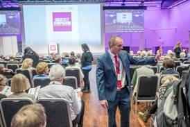 Kristenkonservativt symposium i motvind