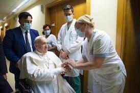 Paven utskrevet fra sykehuset