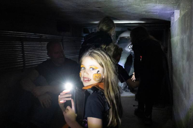 Amelia Isabella Wildschutmunoz (7) syntes det var gøy og spennende på halloween-feiringen i Gamle Aker kirke.