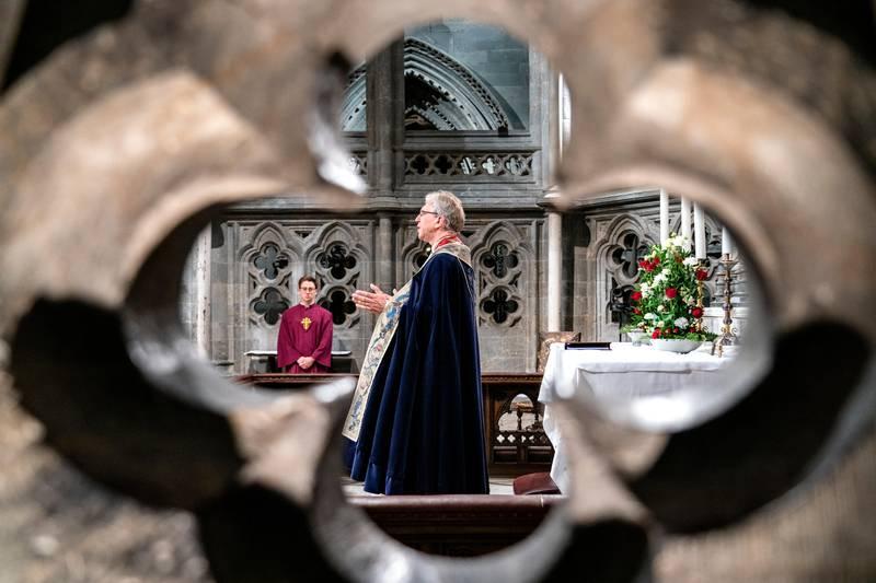 Trondheim 20200511.  Olav Fykse Tveit ble vigslet til biskop i Nidaros av preses i Nidarosdomen søndag. Foto: Gorm Kallestad / NTB scanpix