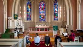 Prosten irritert etter at kirkene i Sarpsborg må stenge:  – Vi har vært pinlig nøyaktige