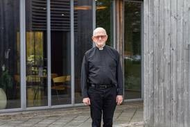 Hans Olav Westen (68) reddar Den norske kyrkja