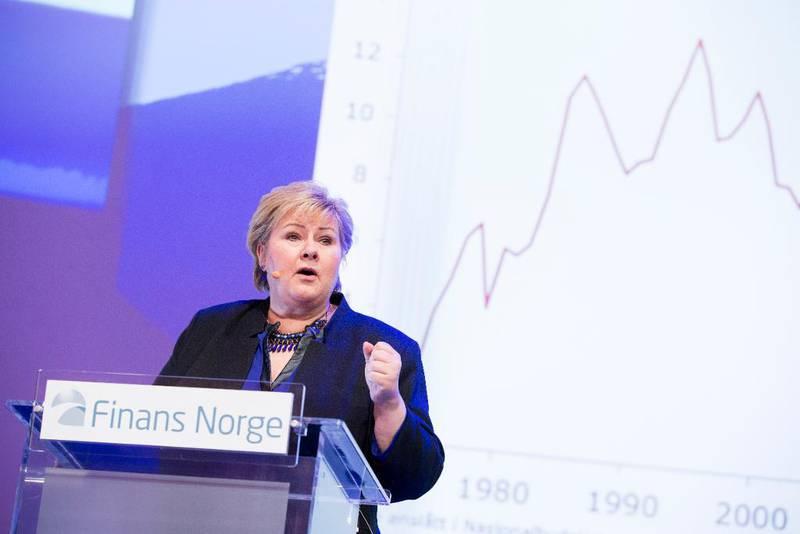 Høyreleder Erna Solberg holder foredrag om verdiskapning på Finansnæringens dag. – Ingen ønsker en fremtid der det må foretas drastiske kutt i offentlig velferd. Derfor er det avgjørende at vi lykkes med andre og mer positive tiltak, skriver Kristin Clemet.