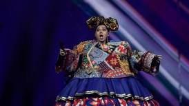 Manizha får krass kritikk for Eurovision-sang om å være kvinne i Russland