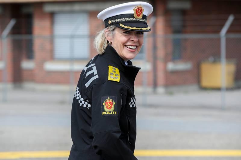 Gardermoen  20190611. Politidirektør Benedicte Bjørnland i politiuniform på Gardermoen. Foto: Vidar Ruud / NTB scanpix