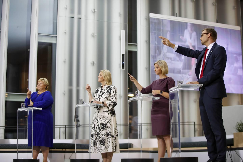 Oslo 20210908.  Partilederne Erna Solberg (H), Sylvi Listhaug (Frp) Venstre-leder Guri Melby(V) og Kjell Ingolf Ropstad  (KrF) under TV2s partilederdebatt på Deichman Bjørvika onsdag kveld. Foto: Javad Parsa / NTB
