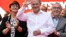 Valgdagsmålinger viser nær dødt løp i Tyskland