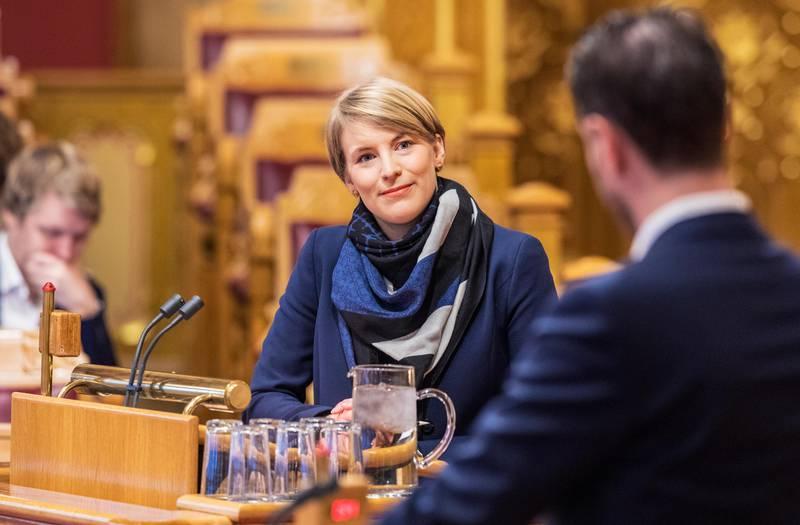 Oslo  20181203. Kari Elisabeth Kaski fra SV under finansdebatten på Stortinget mandag.     Foto: Ole Berg-Rusten / NTB Scanpix