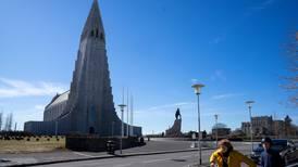 Island: Alle turister skal testes i ankomsthallen