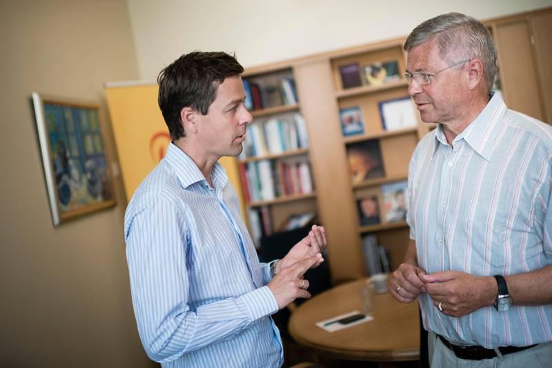Partileder i KRF Knut Arild Hareide får ofte råd fra tidligere partileder og statsminister Kjell Magne Bondevik.