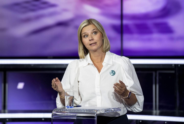 Venstres partileder Guri Melby  under partilederdebatten på TV2 tirsdag kveld. Foto: Marit Hommedal / NTB