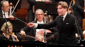 Anmeldelse: Mykt og fyrrig fra Oslo-Filharmonien