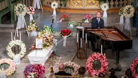 Økt pågang av frivillige hos Kirkens SOS etter Ari Behns dødsfall