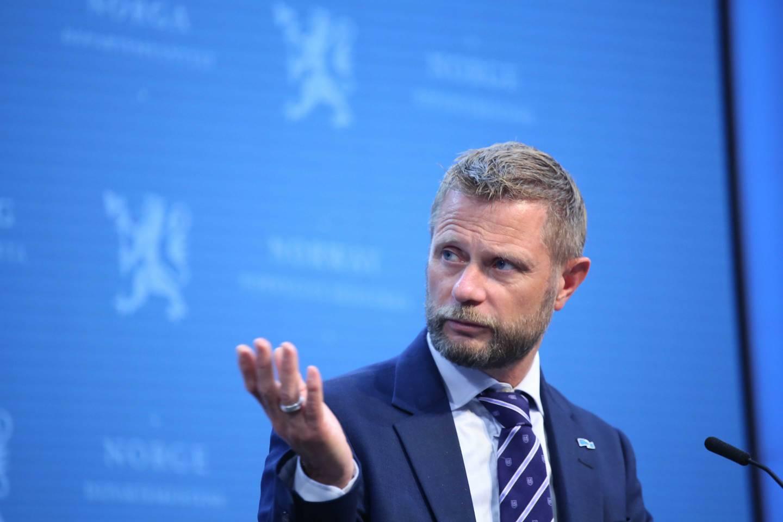 Helse- og omsorgsminister Bent Høie under koronapressekonferansen onsdag 28. juli.
