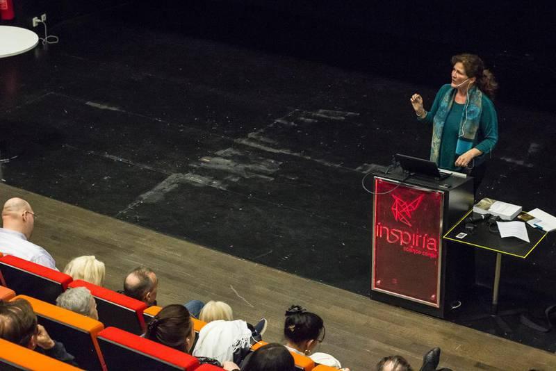 Ingvill Plesner var sekretariatsleder i det regjeringsoppnevnte Tater- og romaniutvalg. I Sarpsborg sist uke presenterte hun rapporten for om lag 150 mennesker med tilknytning til romanifolket. Langt fra alle er fornøyde.