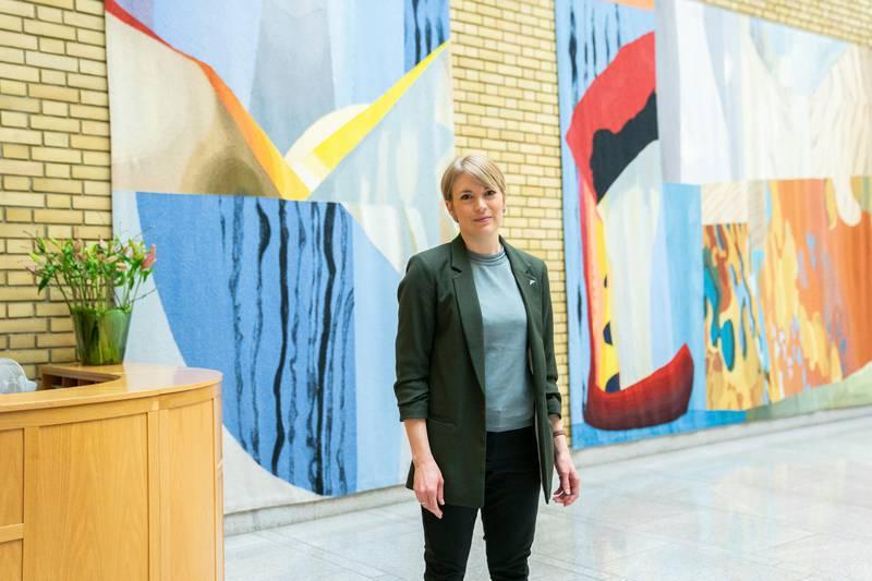 Stortinget. Første dag på Stortinget etter endringer i Regjeringen. Kari Elisabeth Kaski
