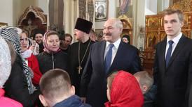 Tror hviterussiske kirkeledere blir nødt til å velge side