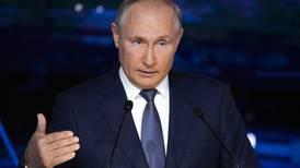 Russiske myndigheter gratulerer kritiker med fredsprisen