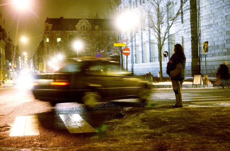 OSLO 20030210 Prostituerte og kunder i Kvadraturen i Oslo.  Foto: Thomas Bjørnflaten / SCANPIX