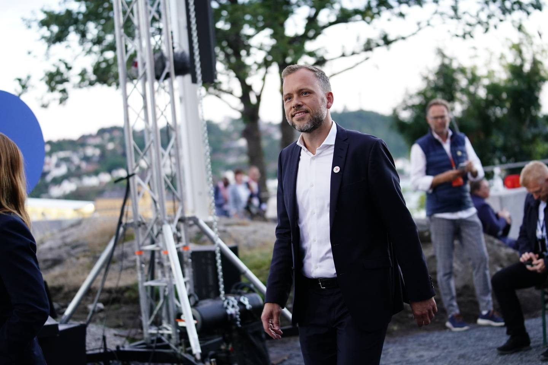 Audun Lysbakken under partilederdebatten i Arendal.