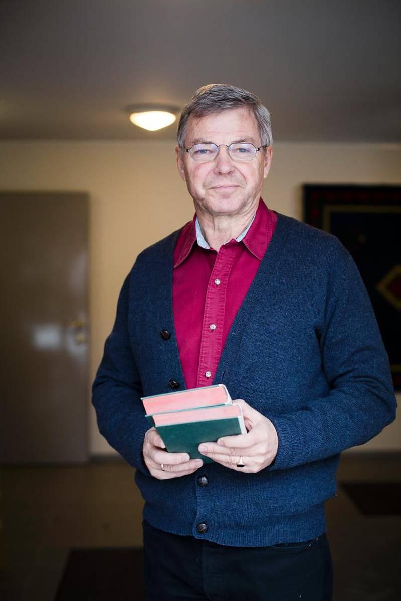 Tor Aukrust og boken Mennesket i samfunnet var veldig viktig for hele mitt politiske virke, sier tidligere statsminister Kjell Magne Bondevik. Bondeviks eksemplar bærer preg av å være nøye lest.