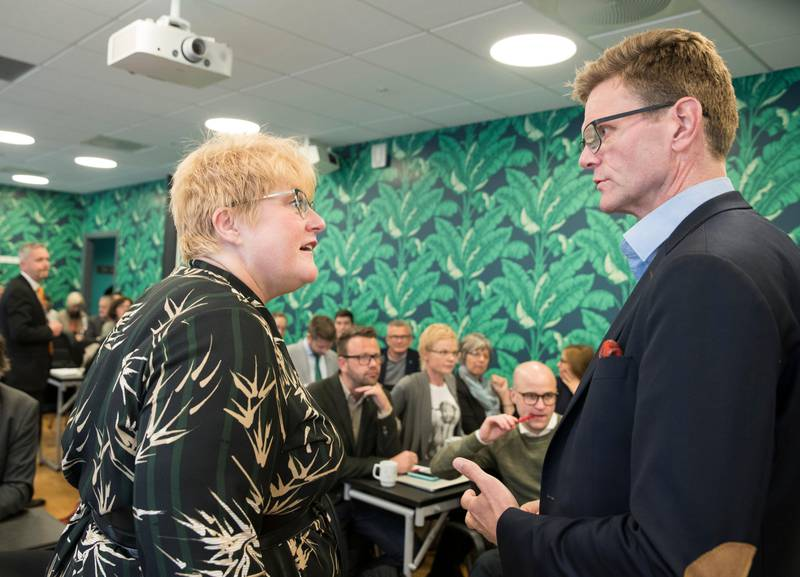 Oslo  20170921. Partileder Trine Skei Grande på landsstyremøte torsdag ettermiddag. Nestleder Terje Breivik t.h. Foto: Terje Pedersen / NTB scanpix
