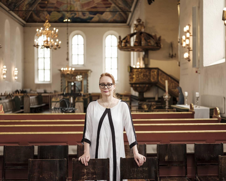 Maryam Trine Skogen trives godt i Oslo domkirke. – Her føler jeg det er en slik takhøyde. Alle er velkommen, om du er muslim eller kristen eller jøde. Det er et ekte gudshus som ikke diskriminerer noen, sier Skogen.