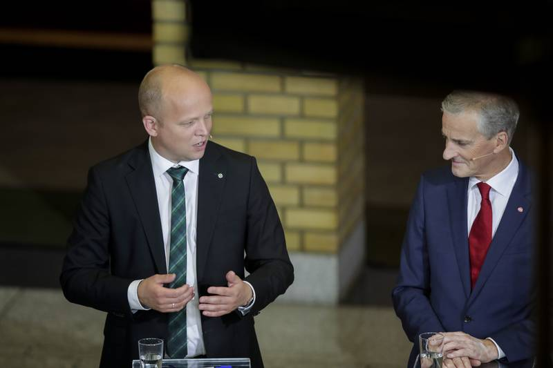 Oslo 20190909.  Trygve Slagsvold Vedum leder i Sp og  Jonas Gahr Støre leder i Ap på stortinget under partilederdebatten. Foto: Vidar Ruud / NTB