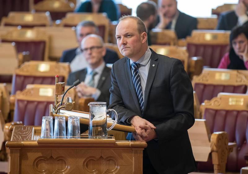 Oslo  20180321. Ole André Myhrvold (sp)  stiller spørsmål til statsminister Erna Solberg i den muntlige spørretime på Stortinget onsdag. Foto: Vidar Ruud / NTB scanpix