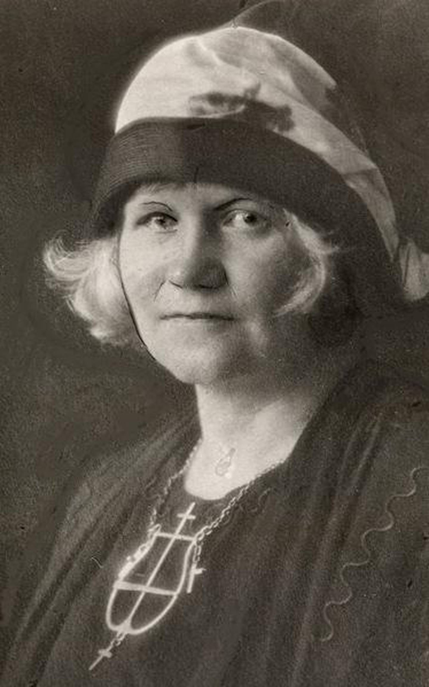 Marta Steinsvik var mange ting – forfatter, oversetter, antroposof, teologistudent, kvinnesaksforkjemper og målkvinne. Men hun var også en antisemitt.