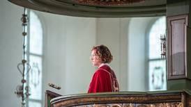 Roser 22. juli-talen til Kari Veiteberg: – Norges Desmond Tutu