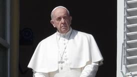 Paven ber alle kristne be Vår Far klokken 12 i dag